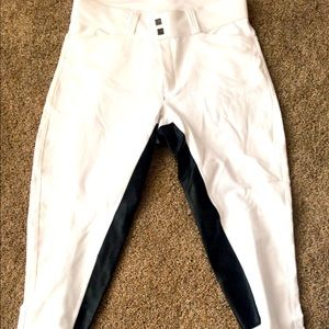 GUC white fits button up, black full seat large